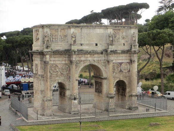 The arch of Constantine was built to commemorate his victory at the Battle of Milvian Bridge.