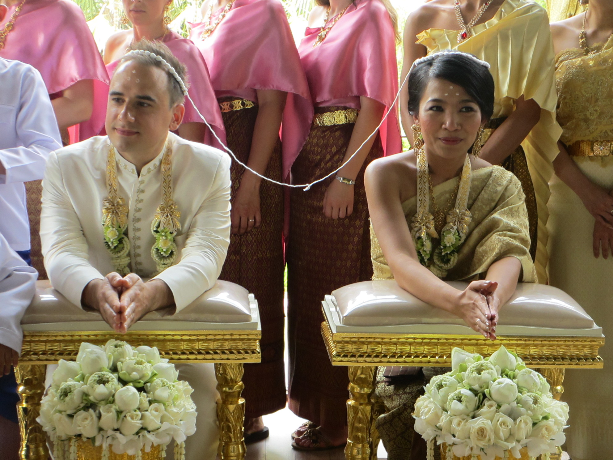 thai wedding Some years ago, we were happy to attend the wedding of our long-time friends the tuancha-aim family in nakon sawan thailand this was a traditional wedding following age-old customs and, in.